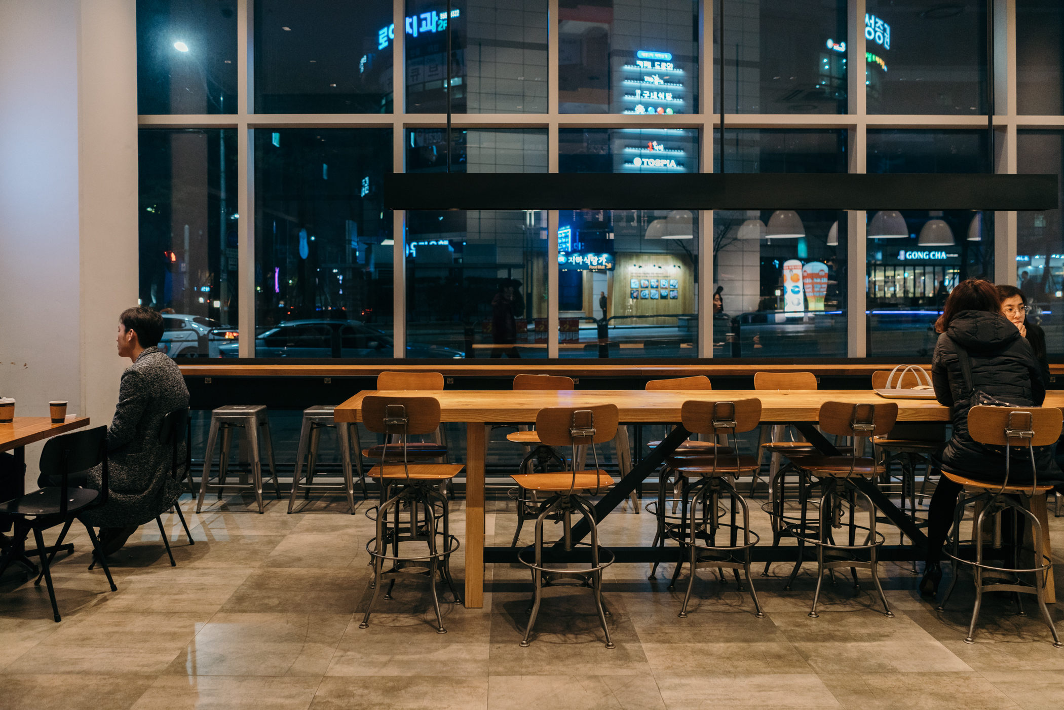 Seoul Cafe Series: Paul Bassett (폴 바셋), Seoul, South Korea.
