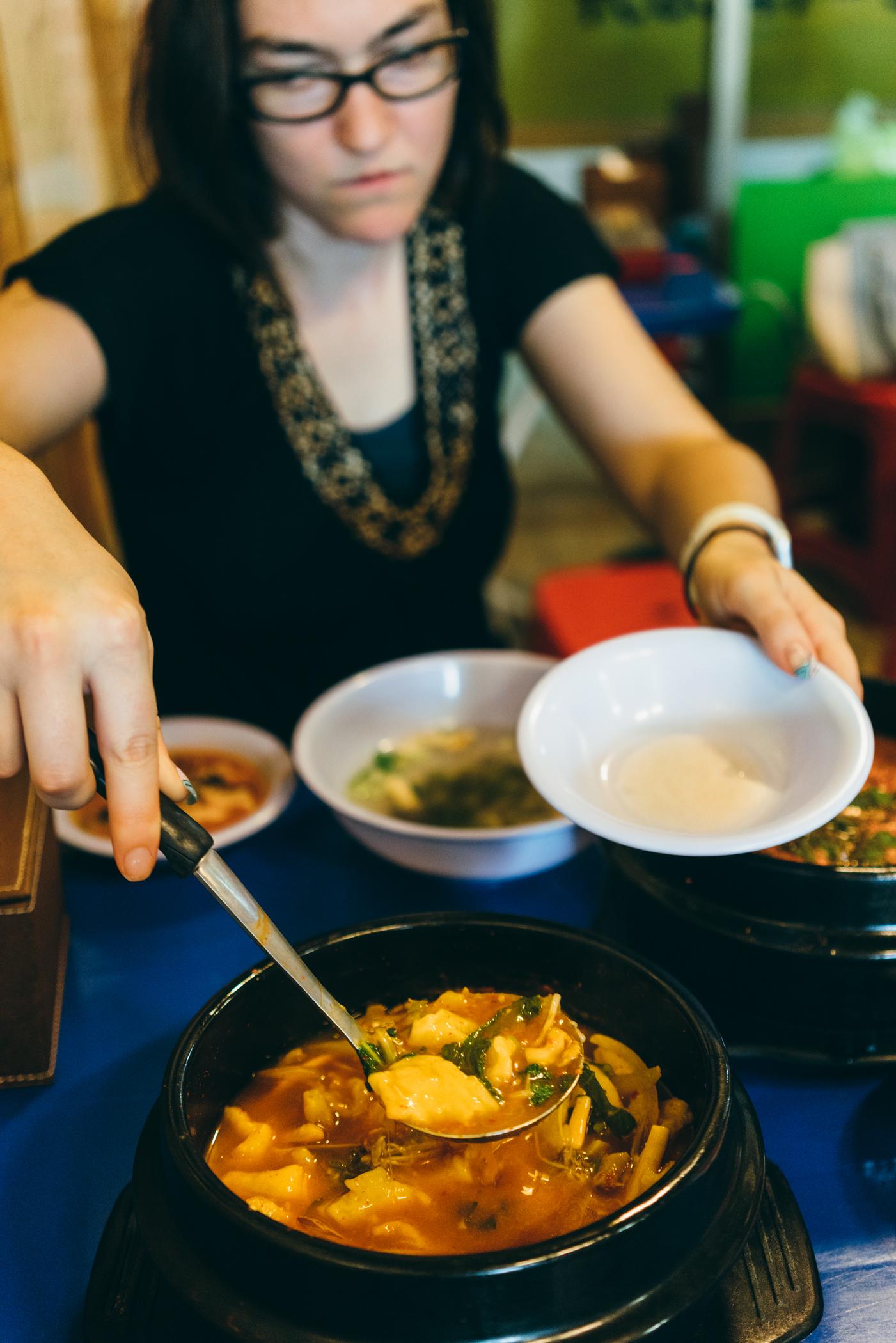 Greysuitcase Seoul Restaurant Series: Sujebi Clam Soup Pojangmacha  (  대합탕에수제비포장마차  ),Mok-dong (  목동  ), Seoul, South Korea.
