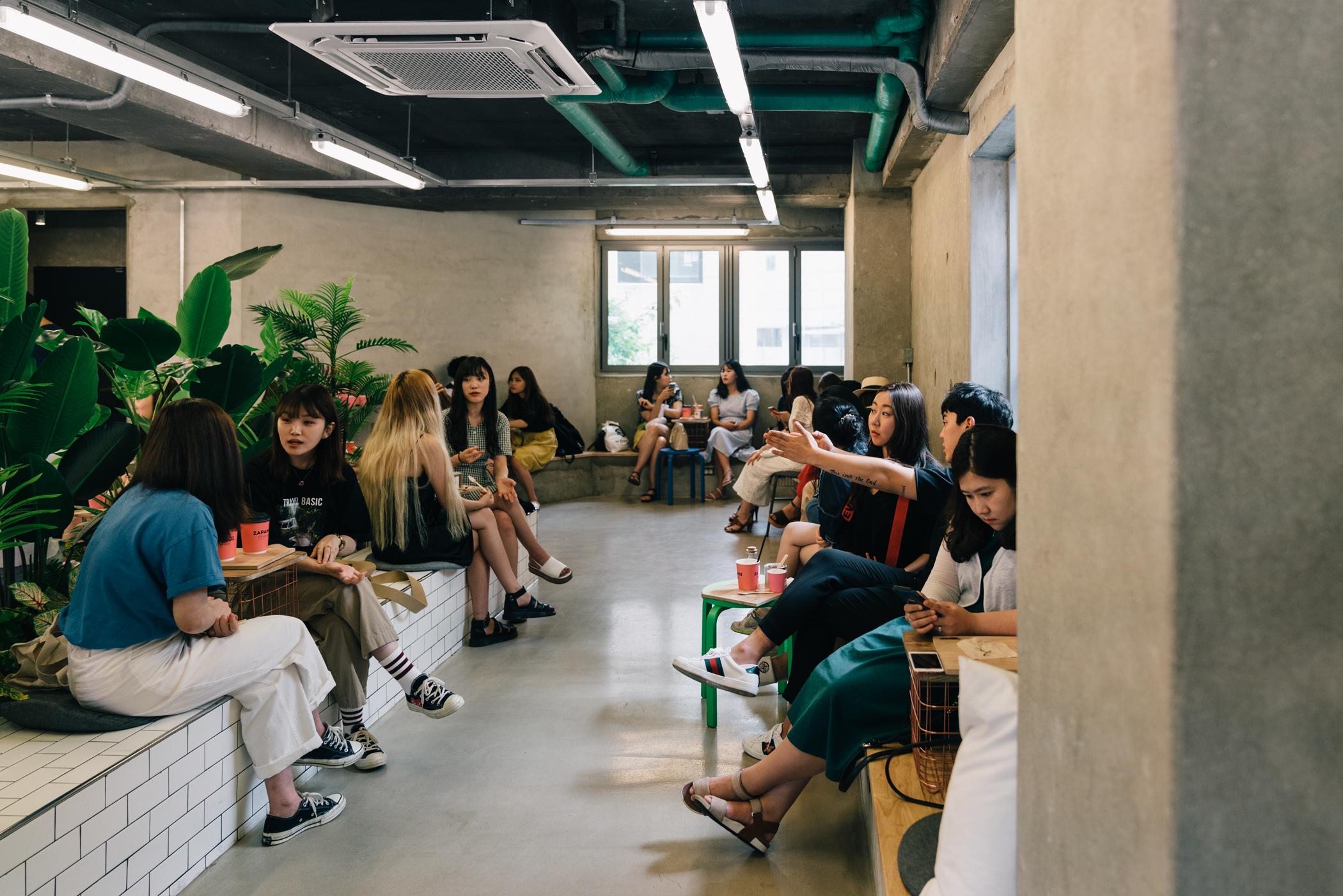 Greysuitcase Seoul Cafe Series: Zapangi (자판기) , Mangwon-dong (망원동), Seoul, South Korea.