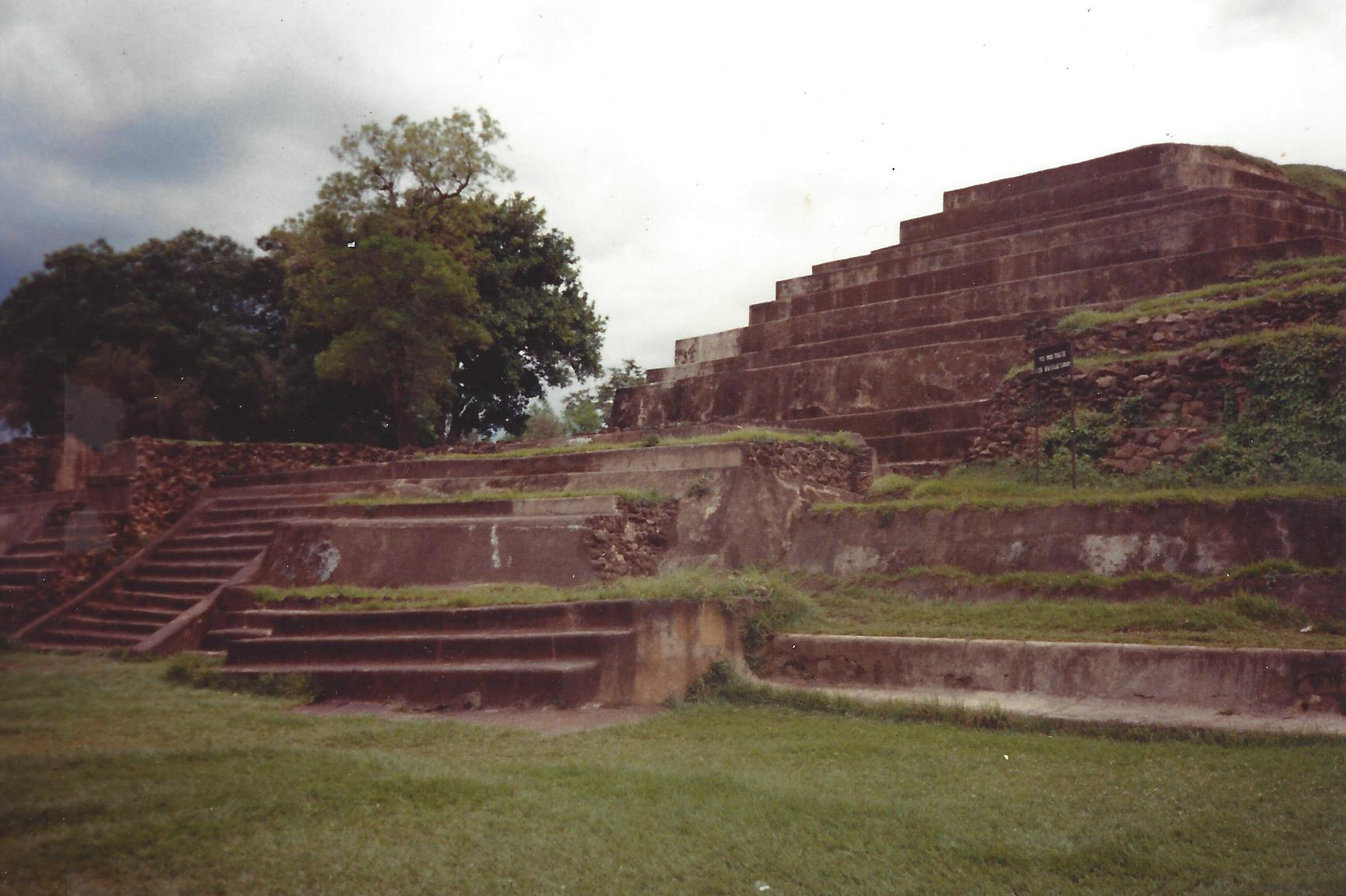 ElSalvador_Aztecs.jpg