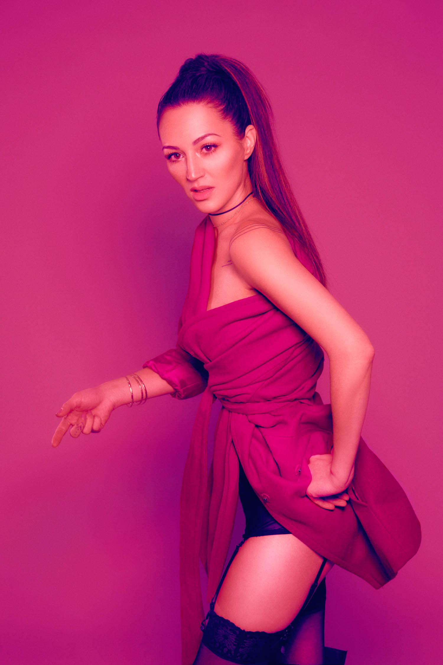 hot pink boudoir photography