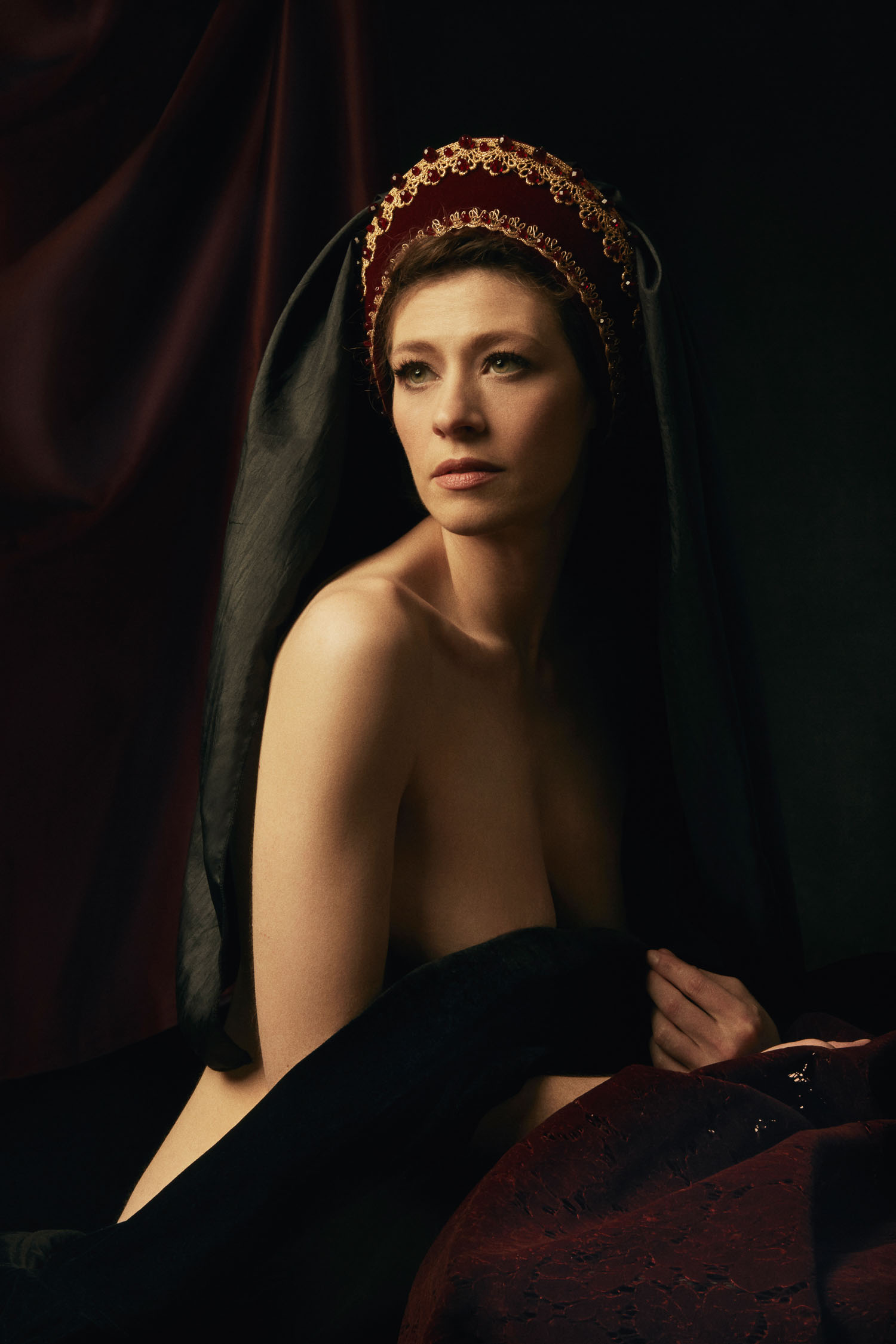 Renaissance inspired boudoir photography by Thuy Vo