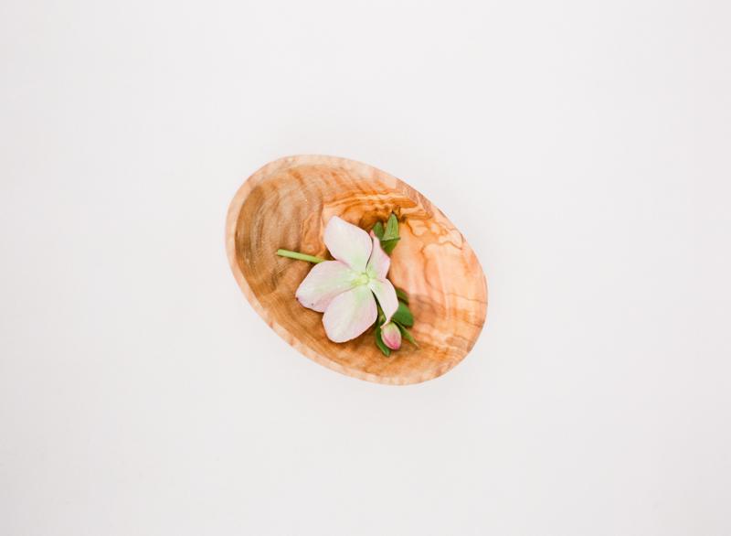 Linnea-Paulina-film-wedding-photographer-portland-orchid-shoot-organic.jpg