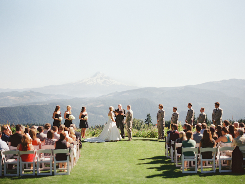 Linnea-Paulina-Film-Wedding-Photographer-Mt-Hood-Gorge-Crest-001-18.jpg