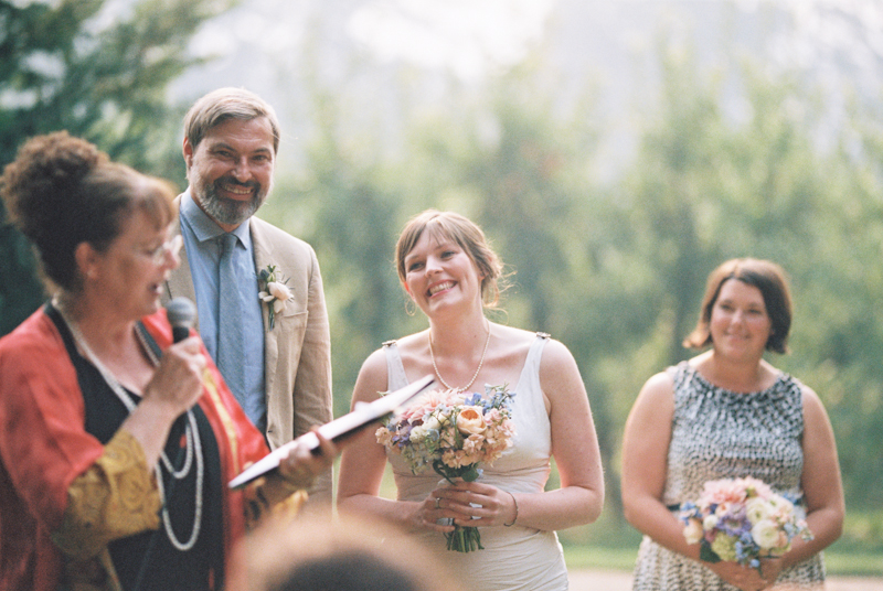 mt-hood-organic-farm-wedding-film-020.jpg
