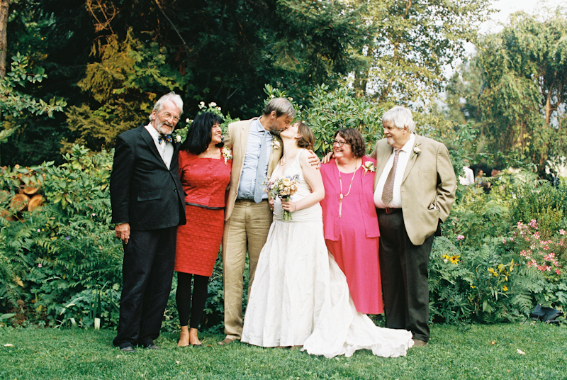 mt-hood-organic-farm-wedding-film-030.jpg