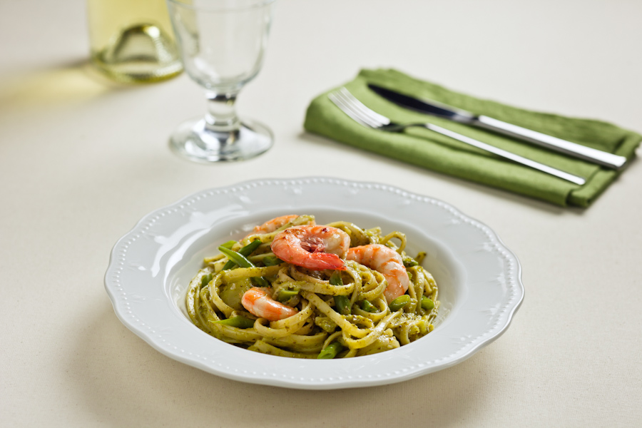 Bavette pasta with Prawns, Pesto Genovese, Potatoes and Green Beans.jpg