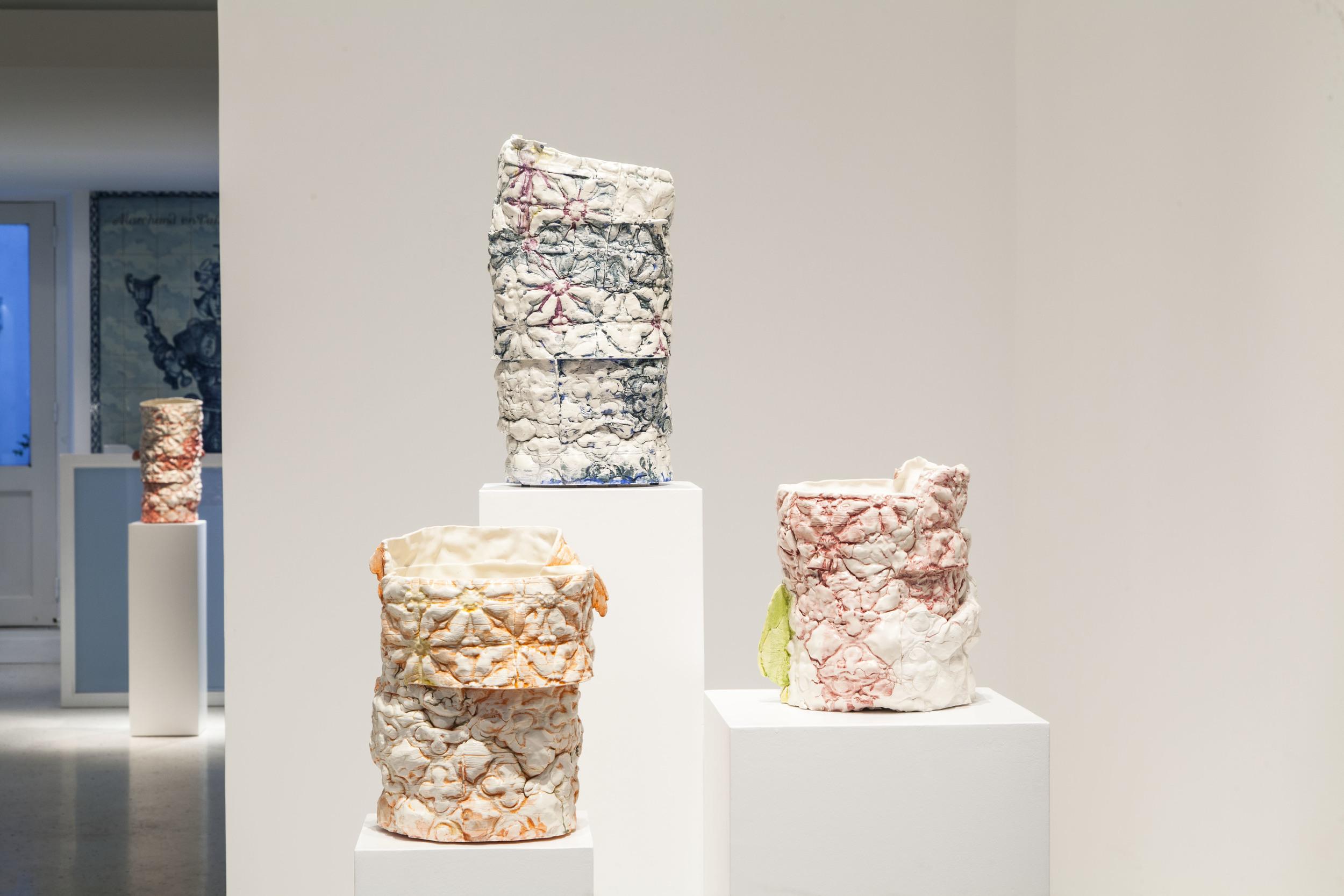4 vases Out Les Fleurs de Versailles#4 - PYD.jpg