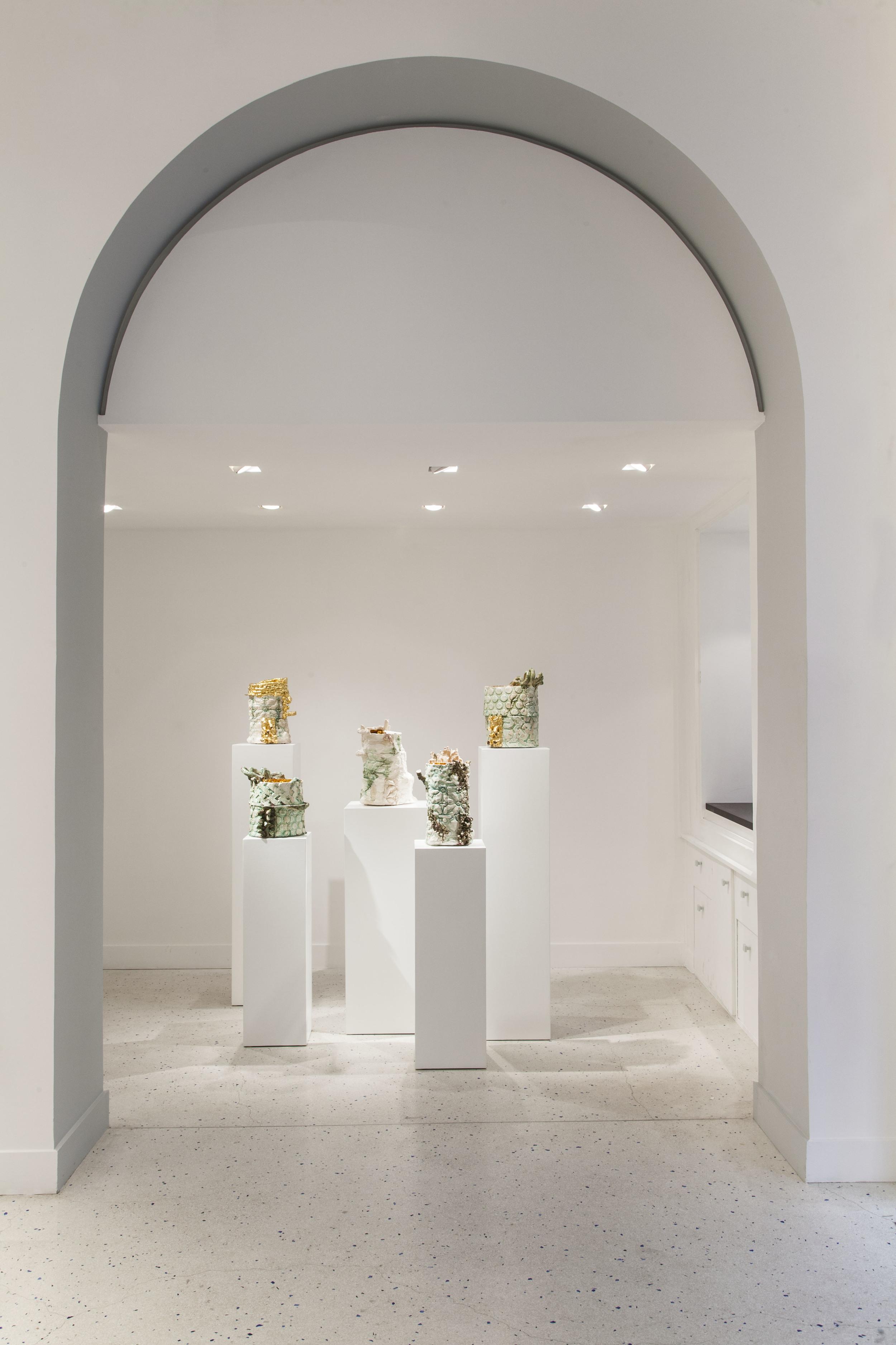 5 vases In Les Racines de Versailles#2 - PYD.jpg