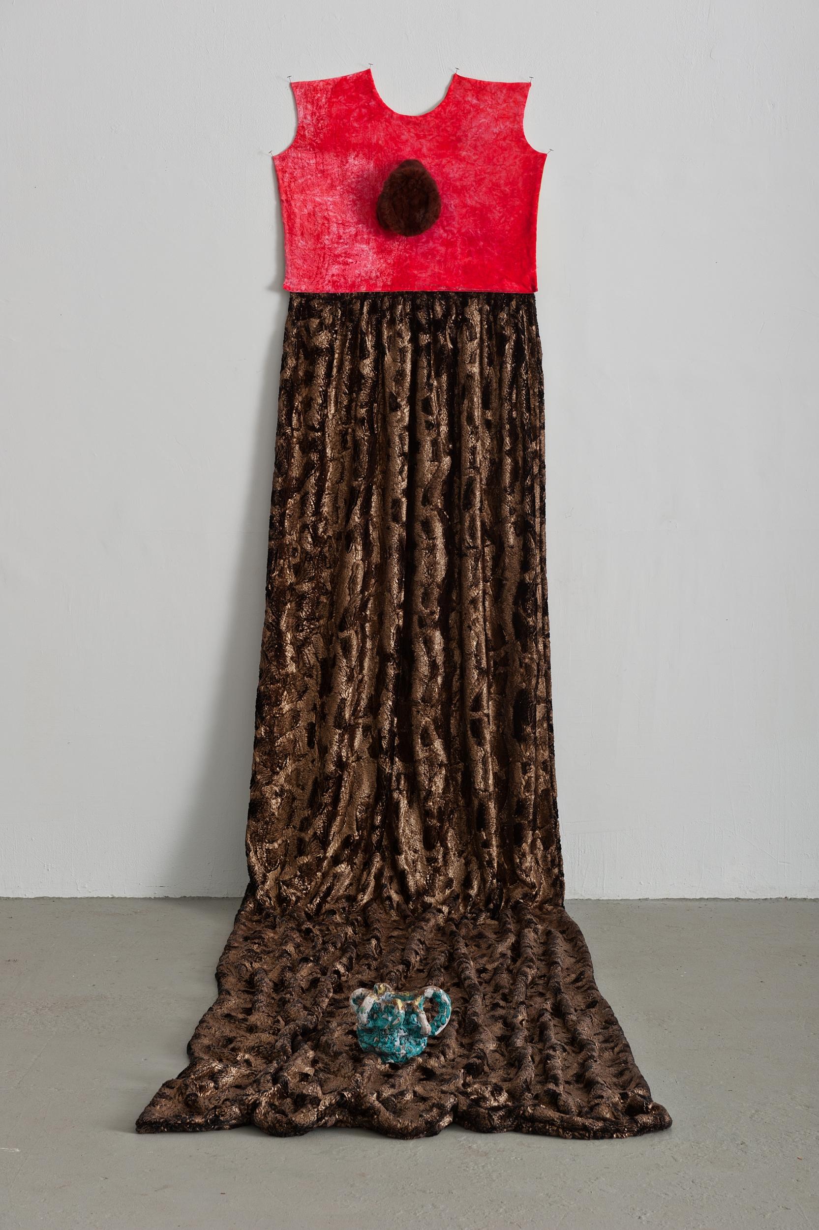Beverly Semmes,  Hat , 2015