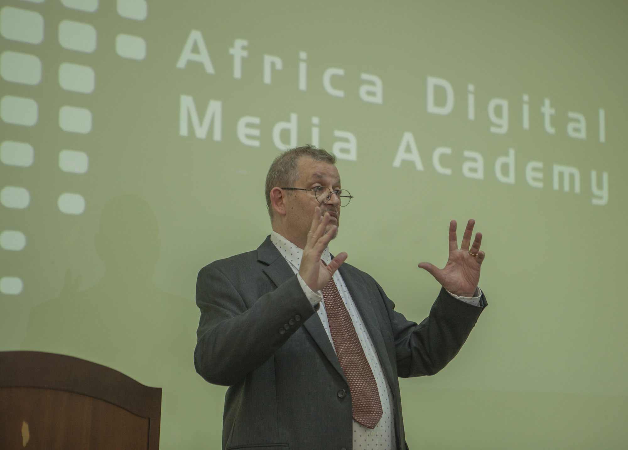 Christopher MARLER, Director of ADMA, speaking at the graduation ceremony.