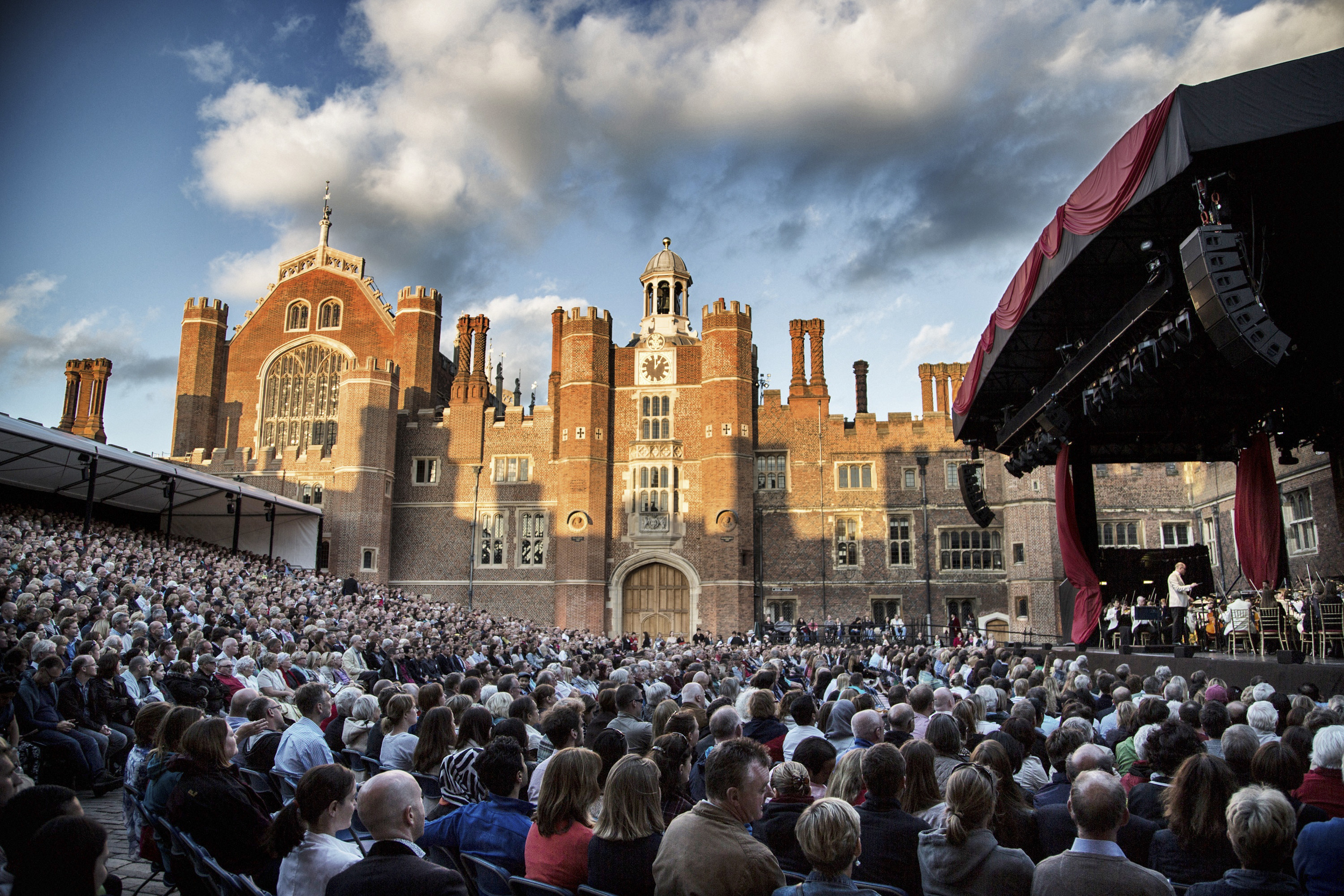Royal Philharmonic Concert Orchestra  • Hampton Court Palace Festival