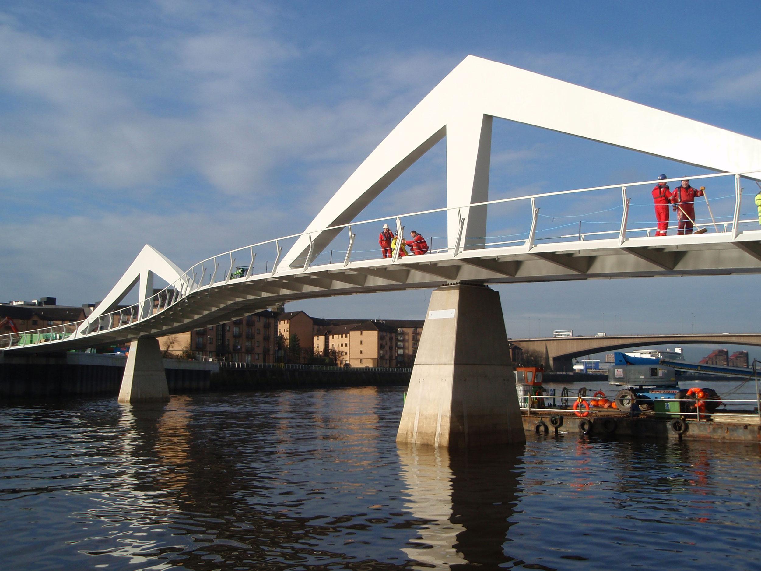 Tradeston-Bridge-2008-062.jpg