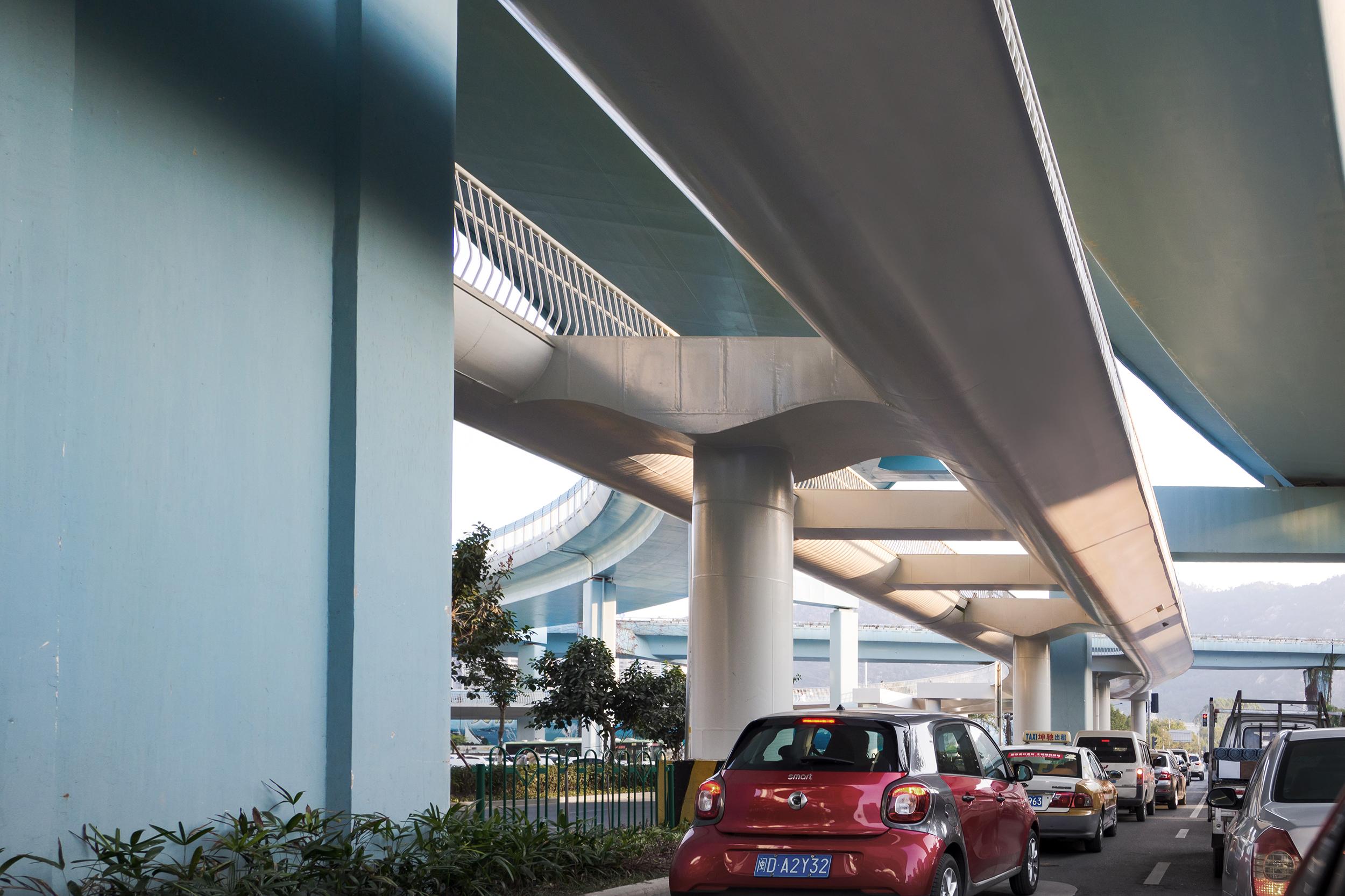 DW-Xiamen-Pillars-2500px.jpg