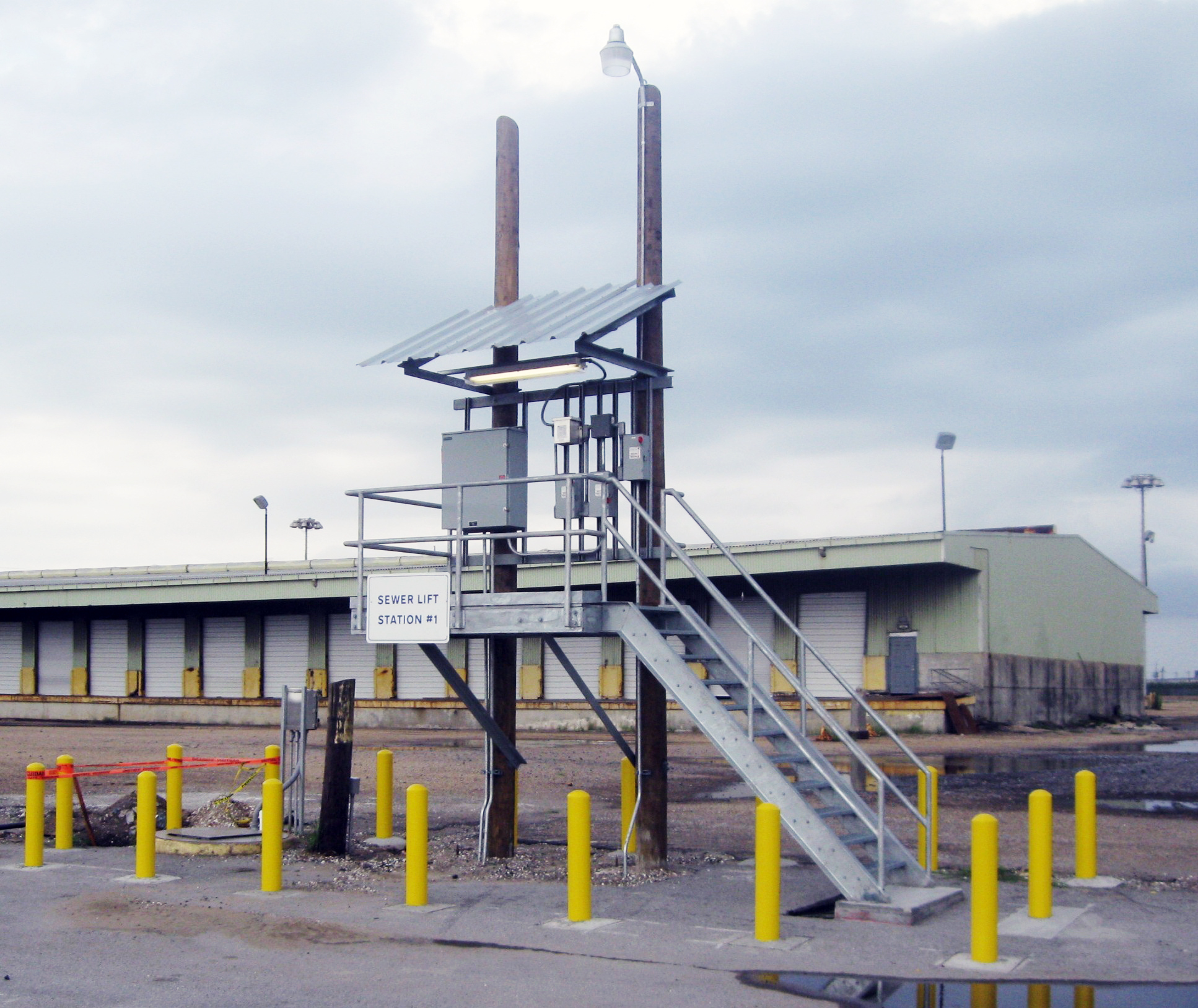 Port of New Orleans Lift Station Electrical Control Panel Platform, New Orleans, LA