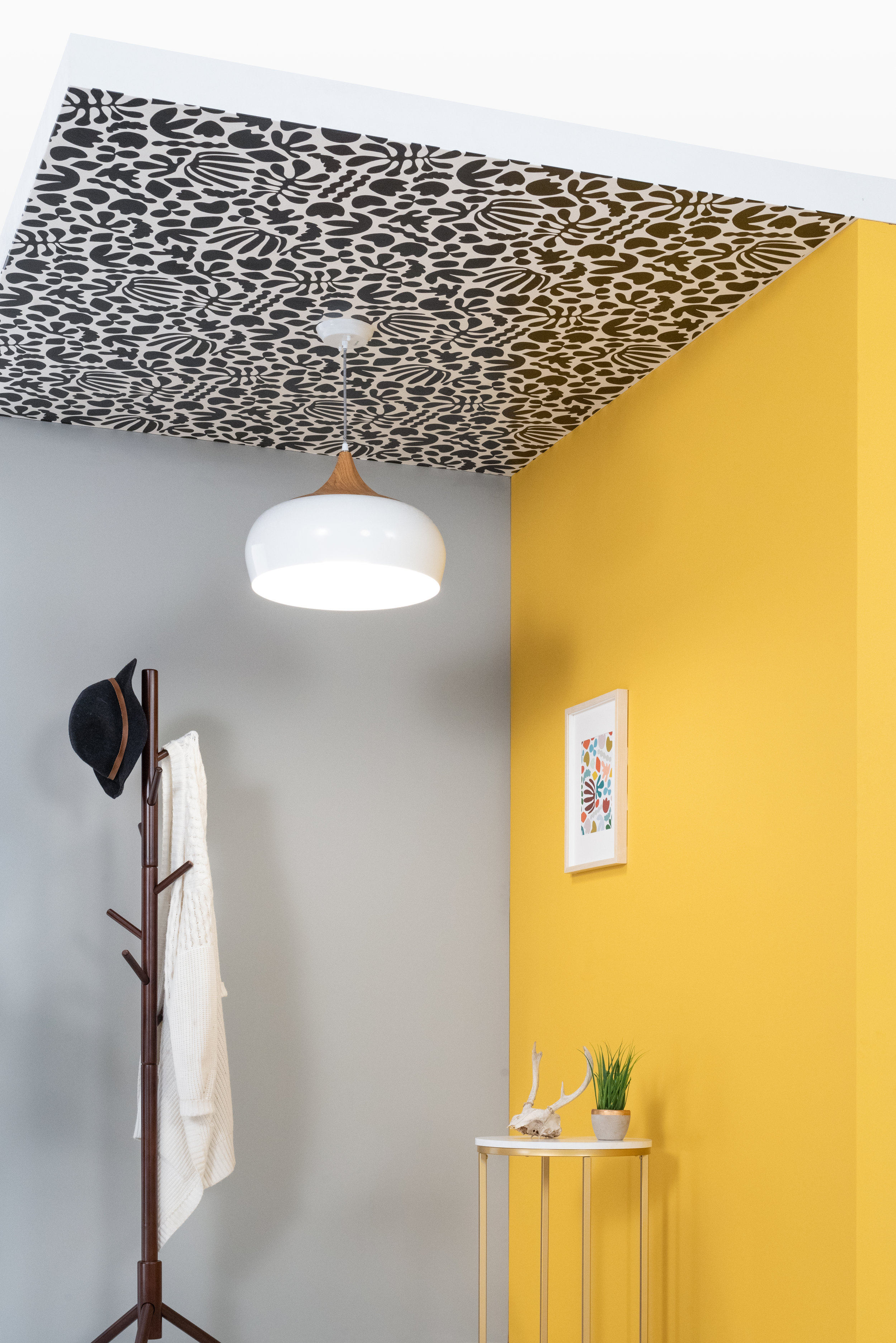 Learn how to wallpaper your ceiling with me over at Bluprint