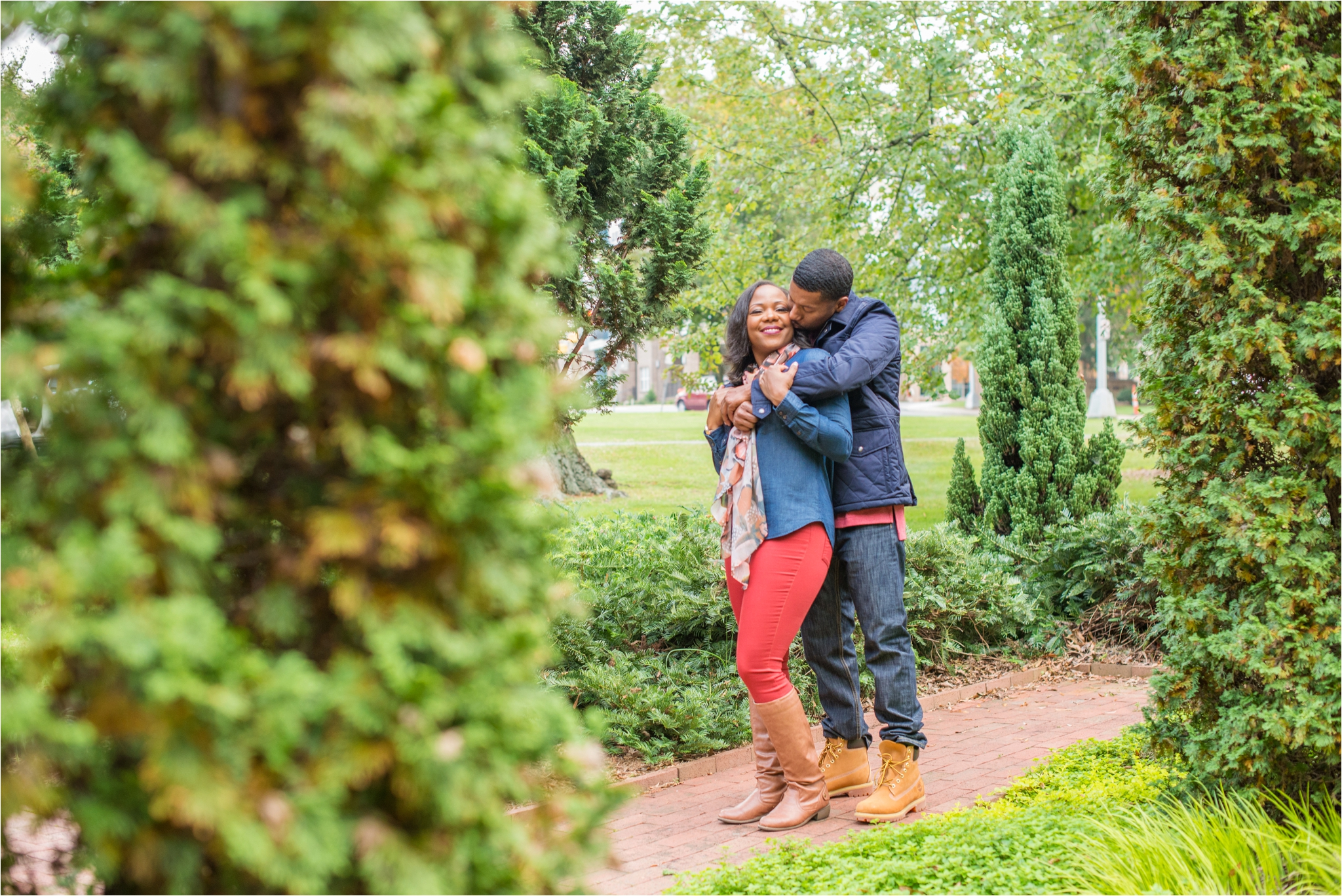 Ben and Whitney Uptown Charlotte Engagement Session_0007.jpg