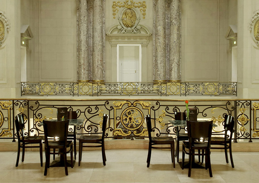 Guided Tour Berlin event cafe bode-museum