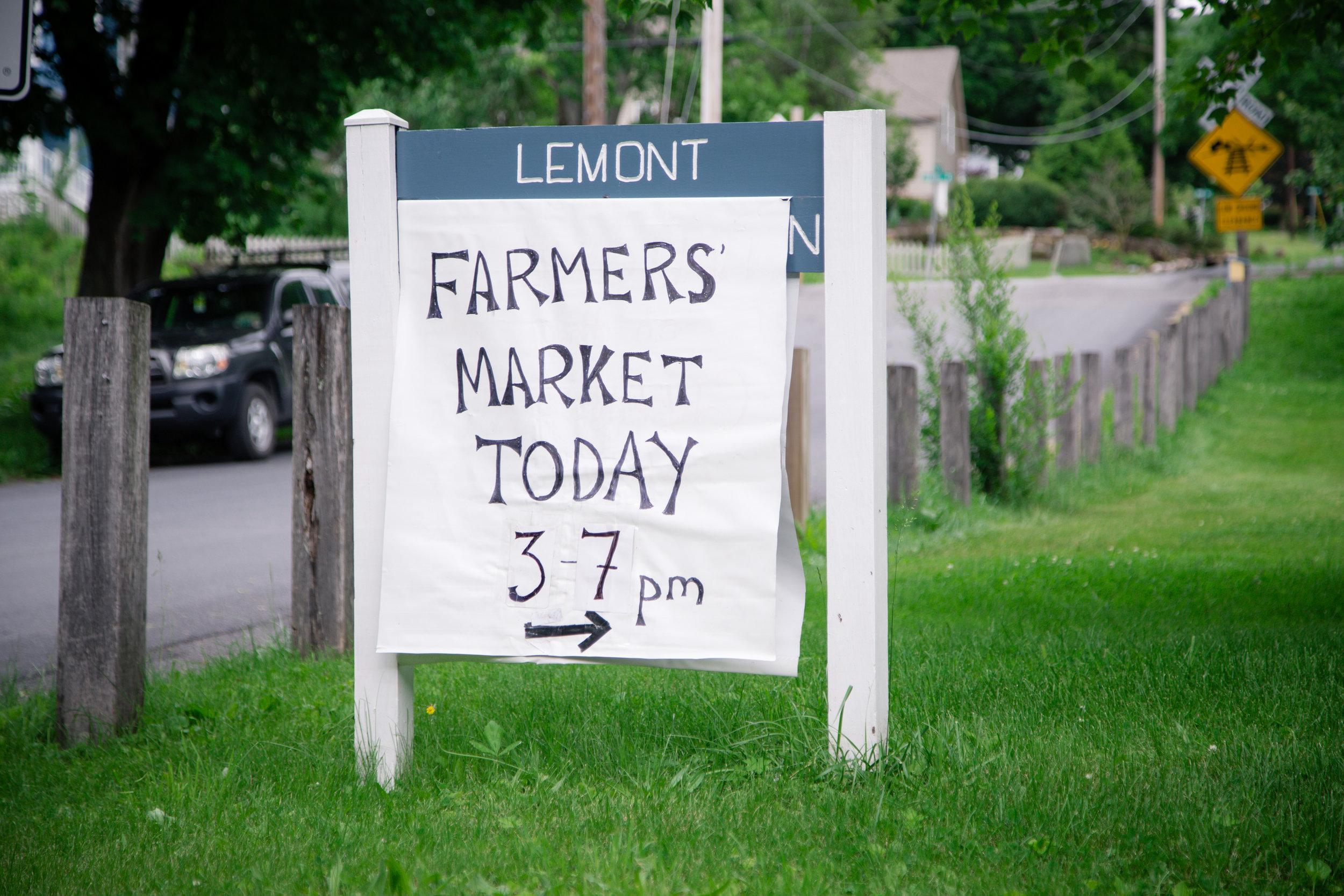 160 // 366 Wednesday farmer's market stop