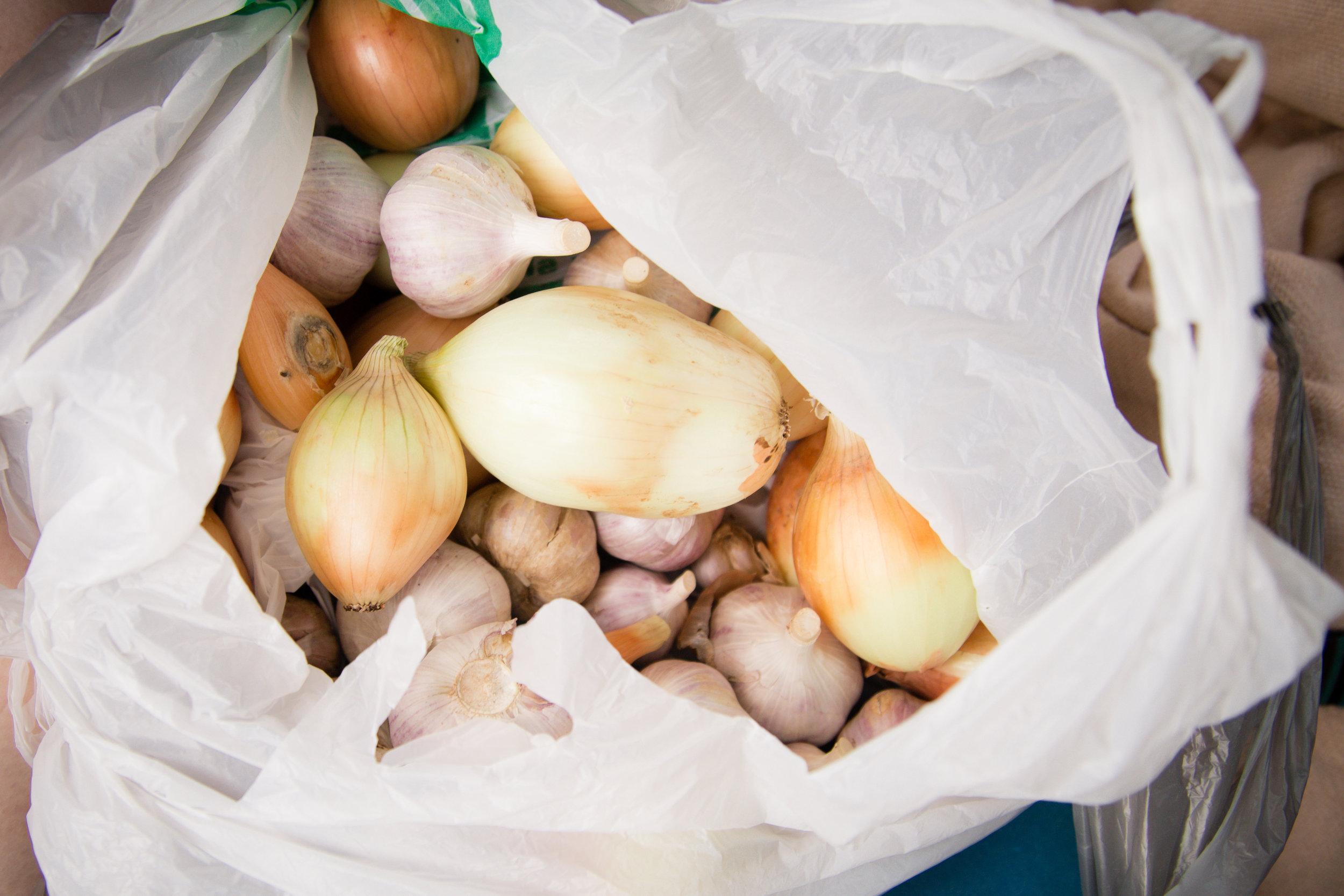 209 // 366 Onion haul from the farmer's market