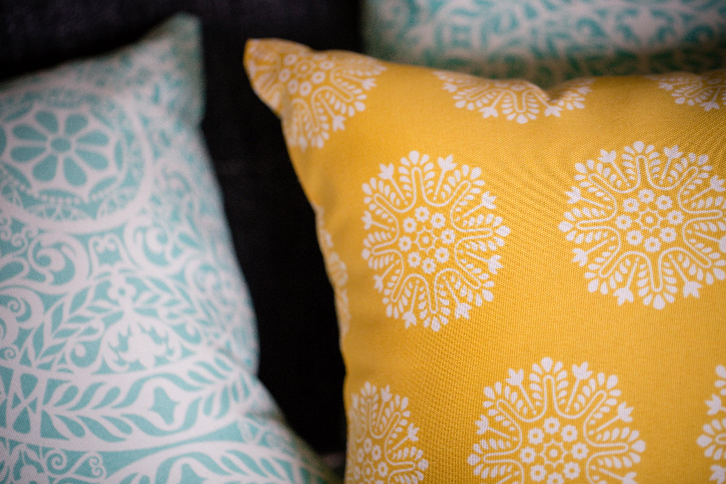 101 // 365 Porch pillows!