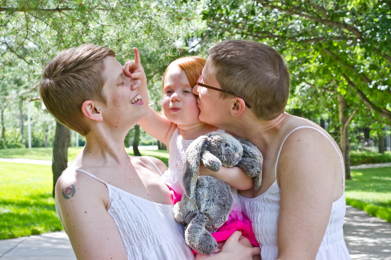 Saskatoon-Family-Photographer-12.jpg