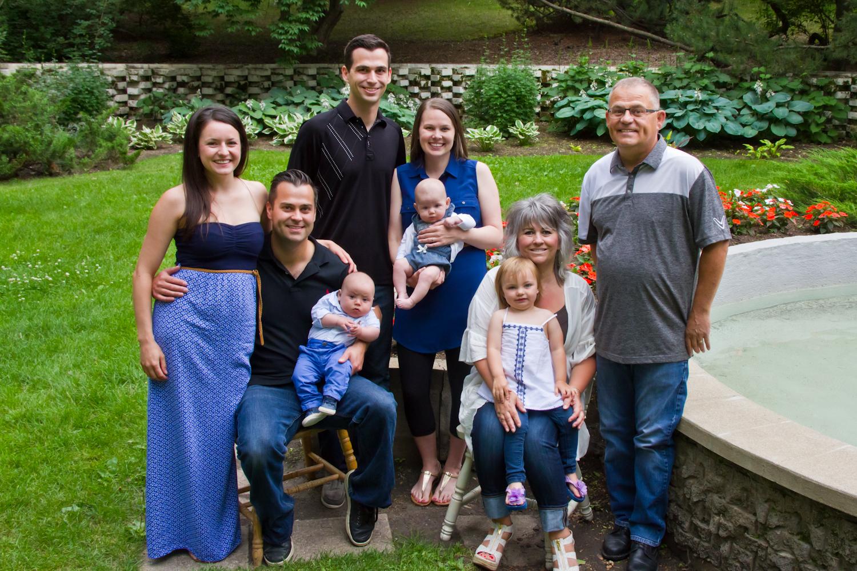 Saskatoon-Family-Photographer-13.jpg