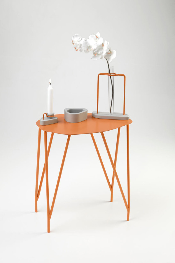 NVDRS-Gergeti-modern-coffee-table-orange-600x900.jpg