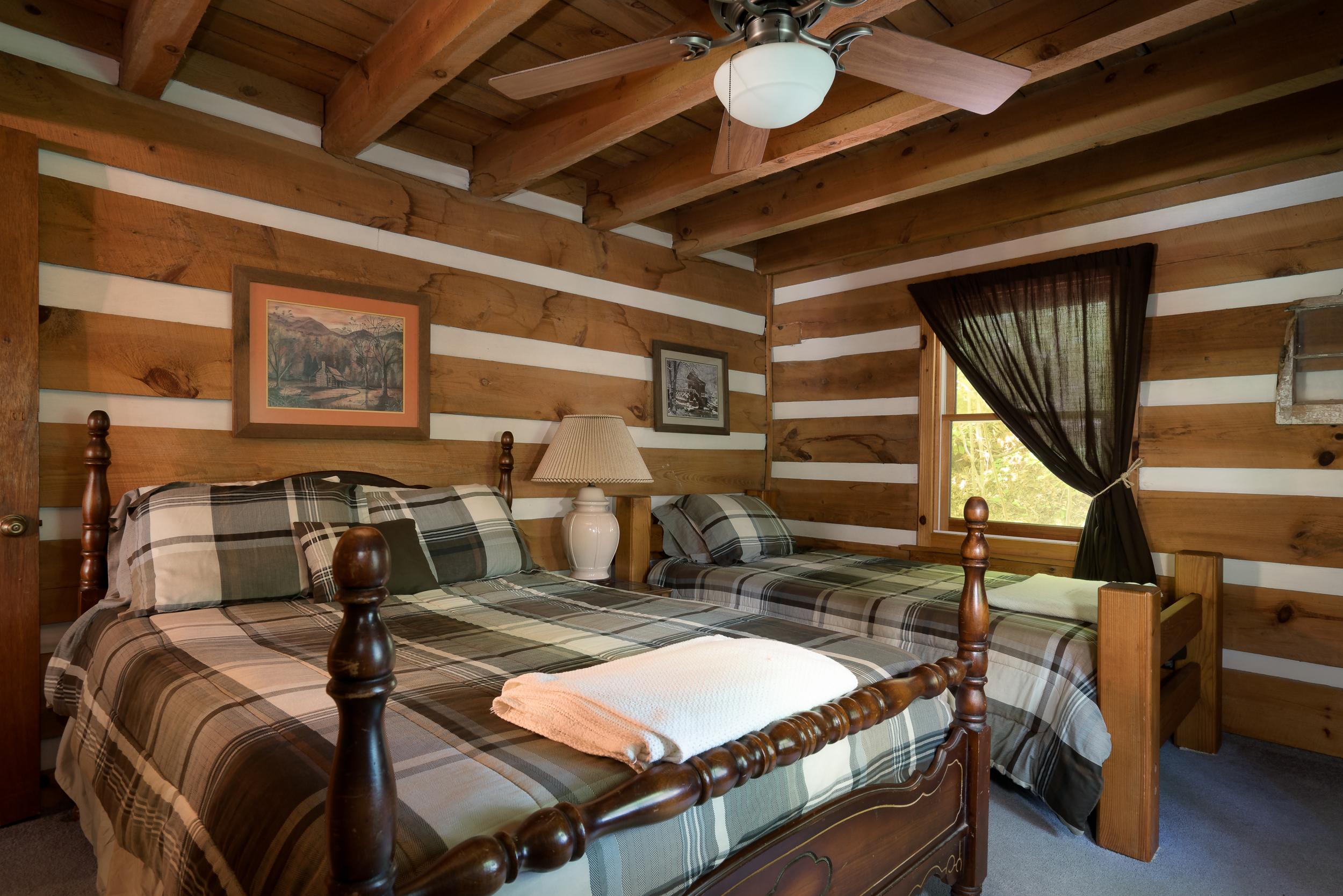 Viking Lodge web-14.jpg