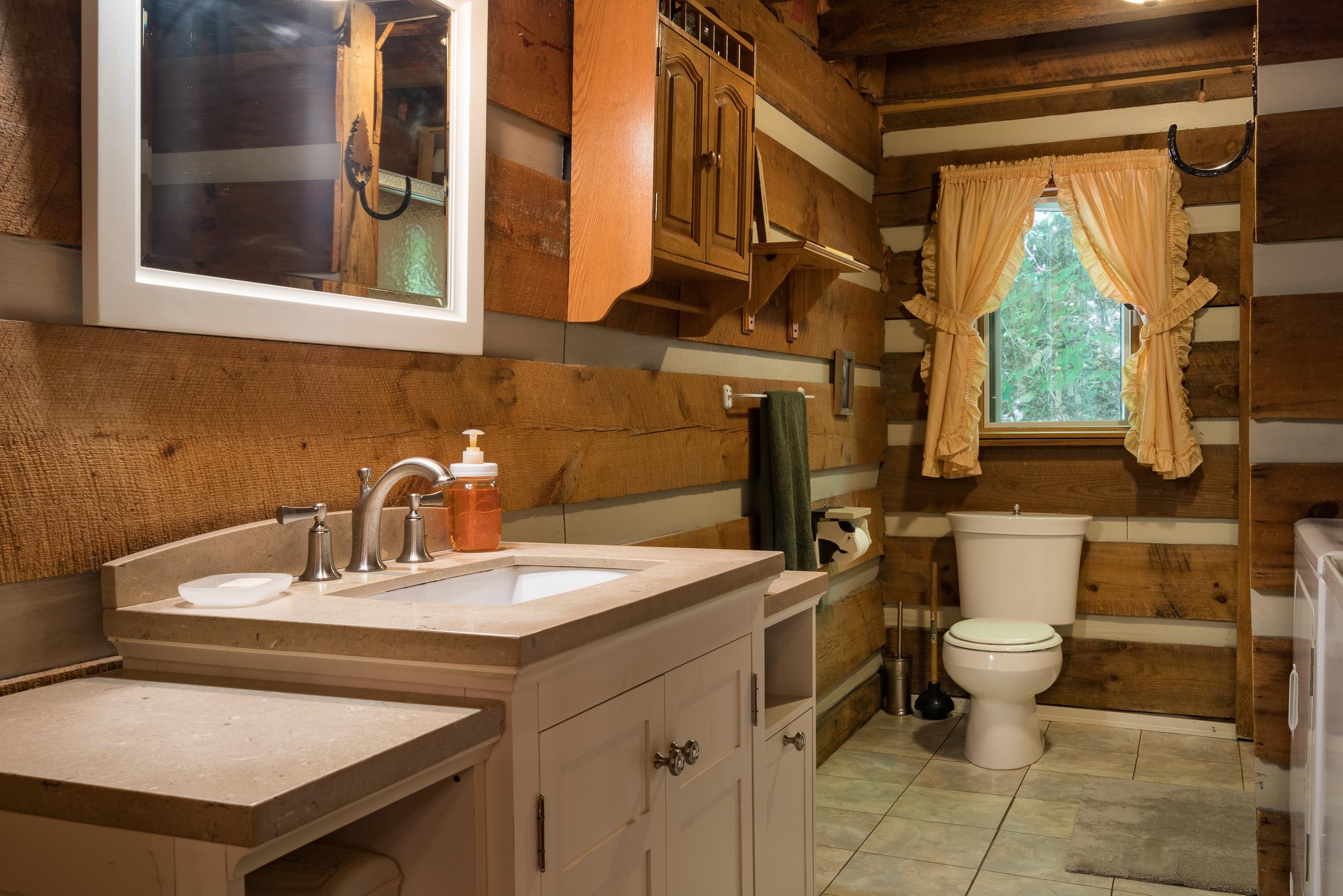 Viking Lodge web-16.jpg