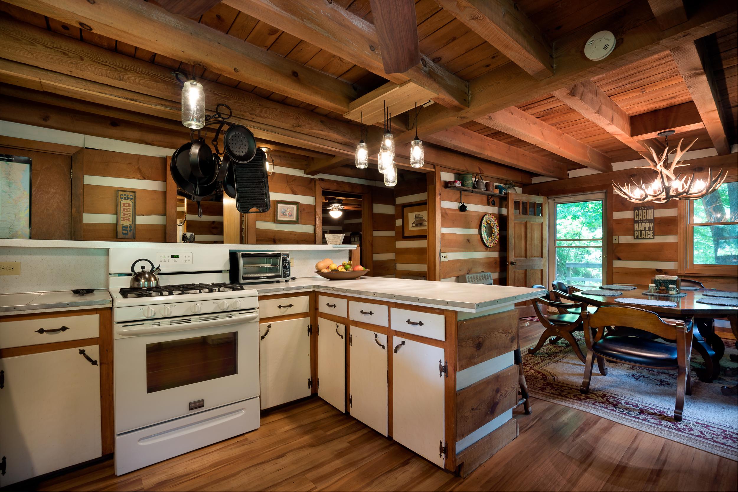 Viking Lodge web-23.jpg