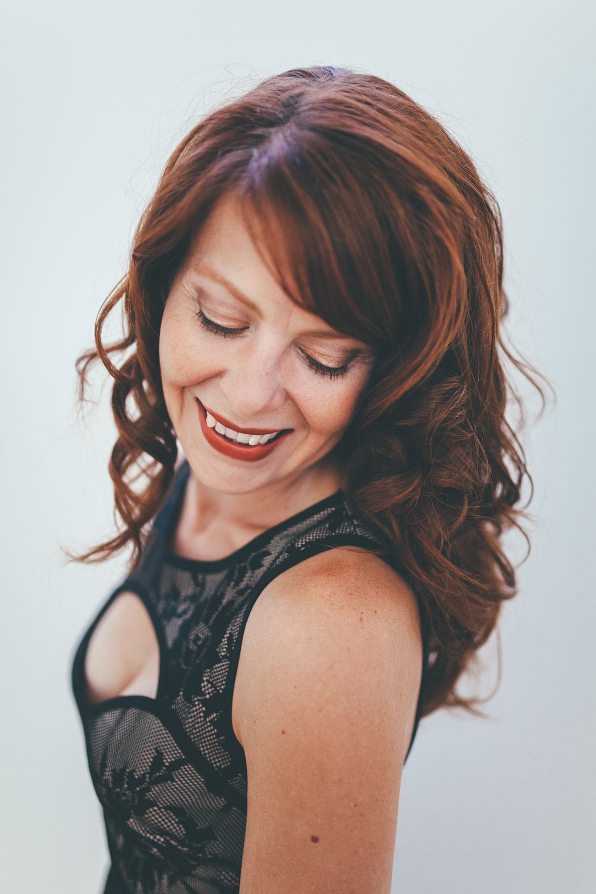 Nikki Einfeld, soprano (photo by Vivian Sachs)