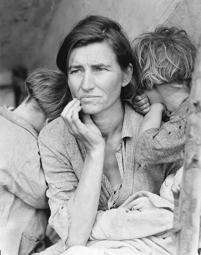 Dorothea Lange's iconic Migrant Mother