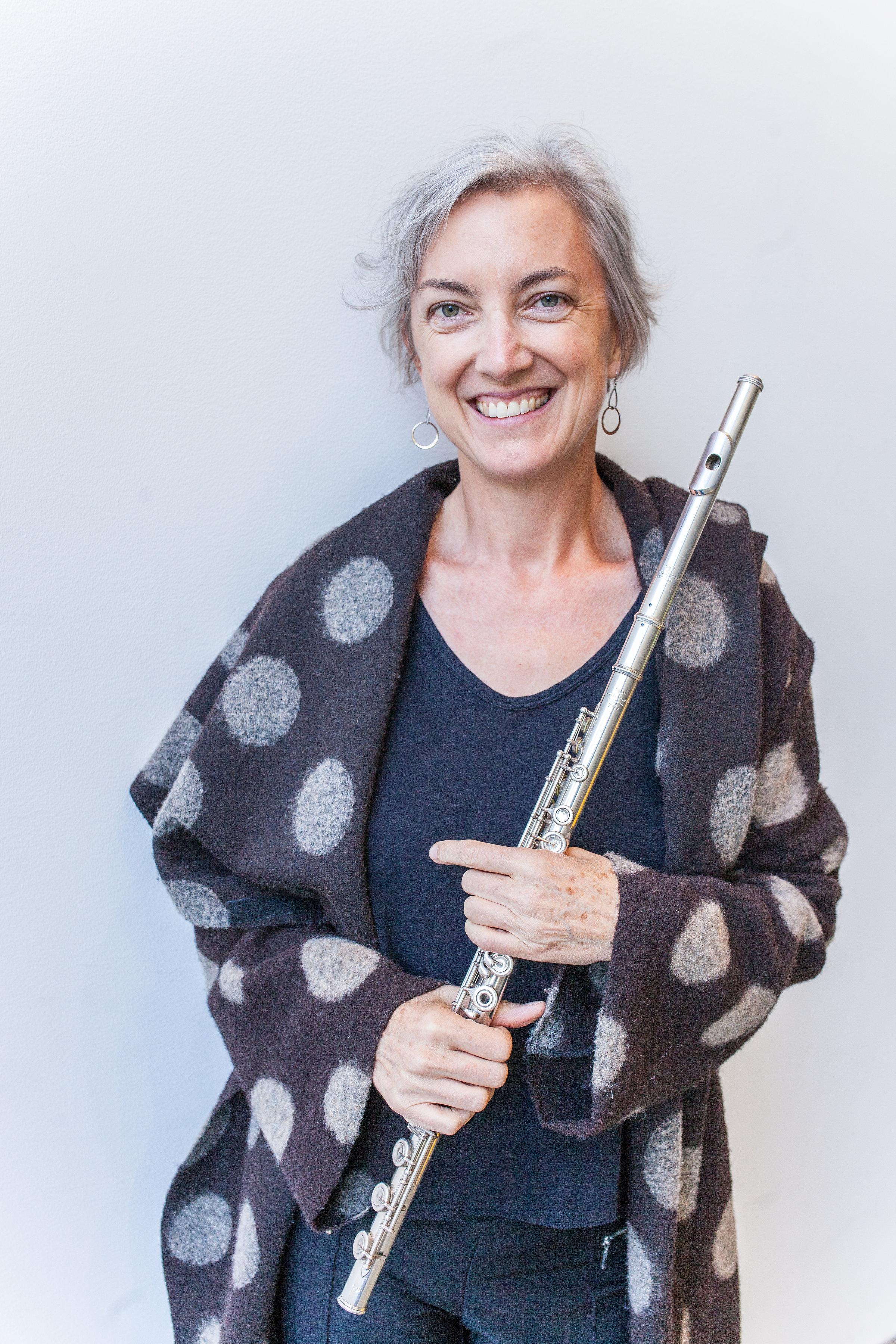 Stacey Pelinka, flute