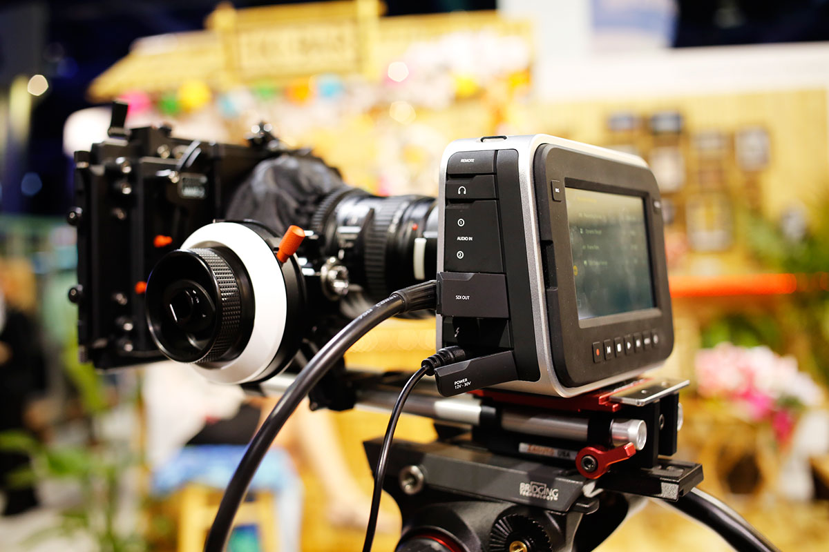 blackmagic-digital-cinema-camera.jpg