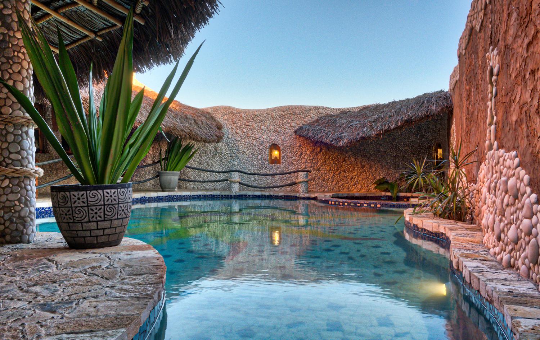 Hotel La Hasienda, Kupang, NTT, Indonesia. Outdoor swimming pool.  Photo © Basil Rolandsen (http://media.bouvet.org)
