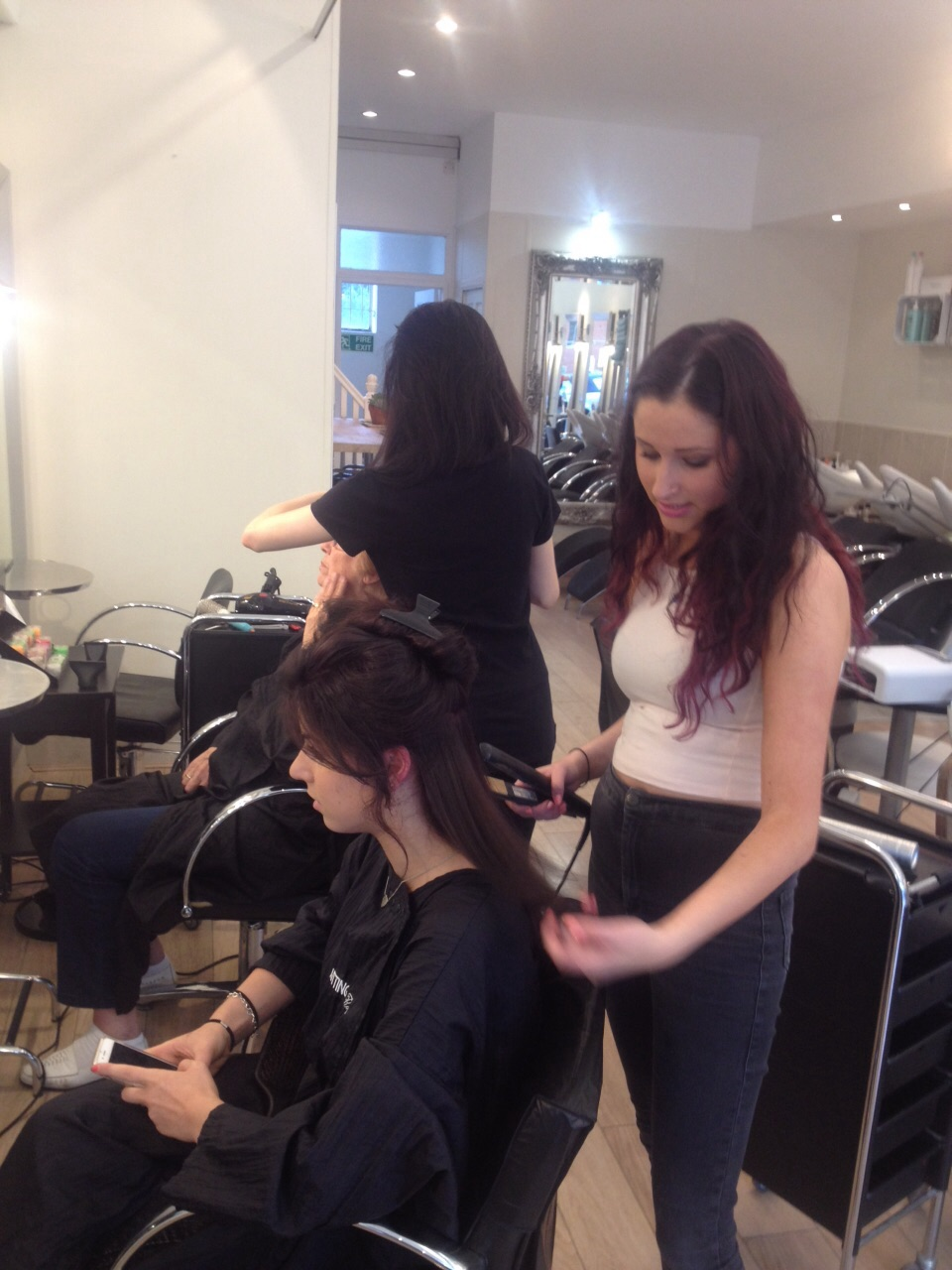 Model night, Radlett salon