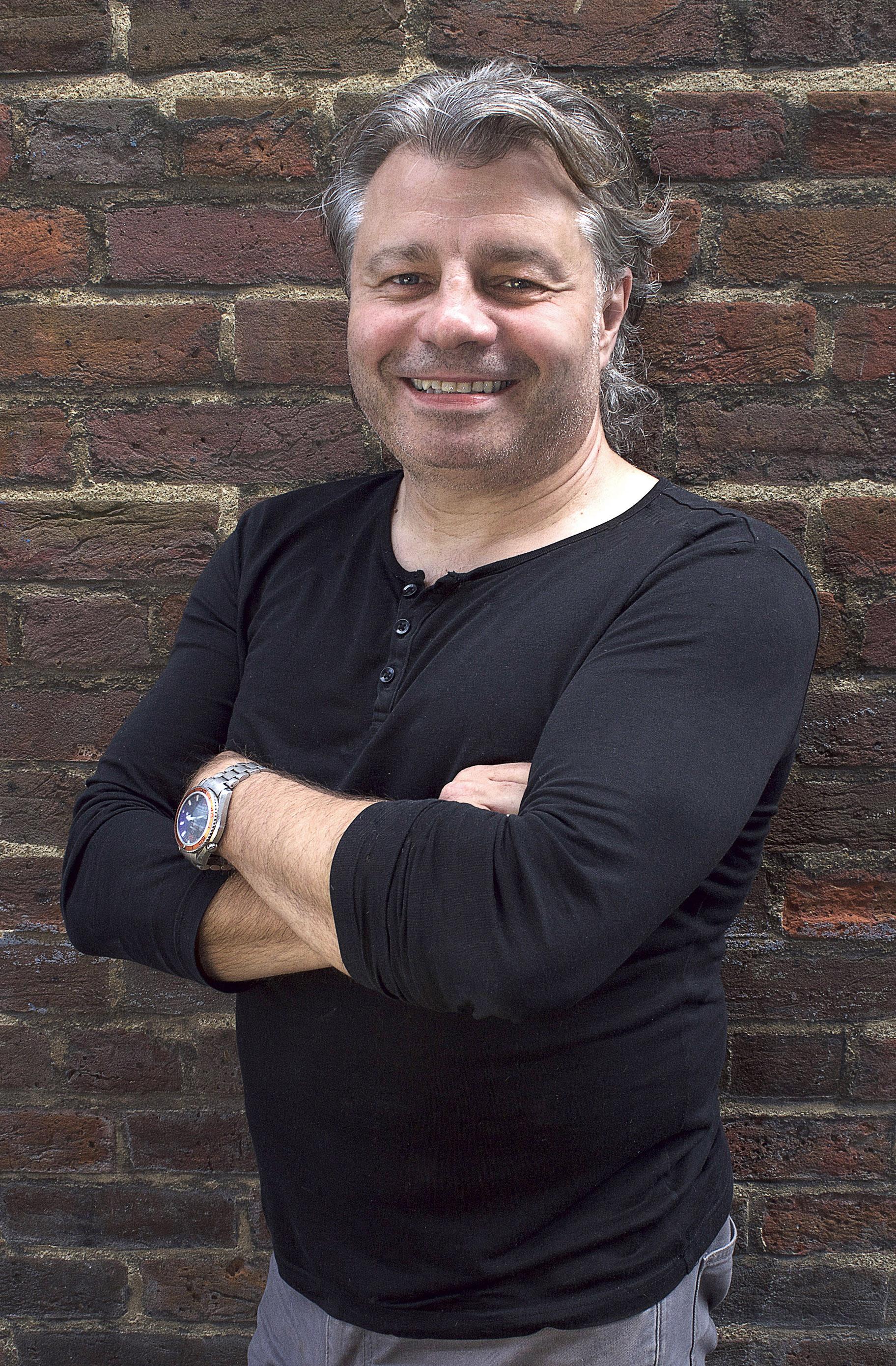 Ian, Harpenden salon