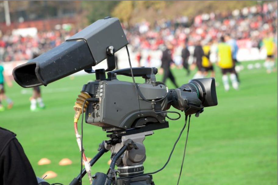 Video camera used to make college soccer recruiting video