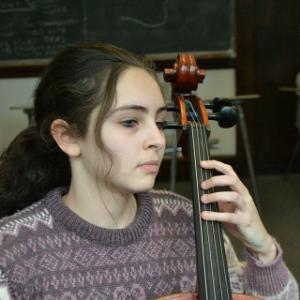 Alma Bitran, cello
