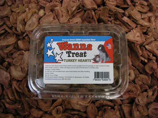 Wanna Treat? freeze dried treats are available in 8 varieties, Chicken Chips, Beef Chips, Butcher's Blend, Turkey Necks, Rabbit, Turkey Heart, Beef Ox Tail, and Sweet Potatoes.