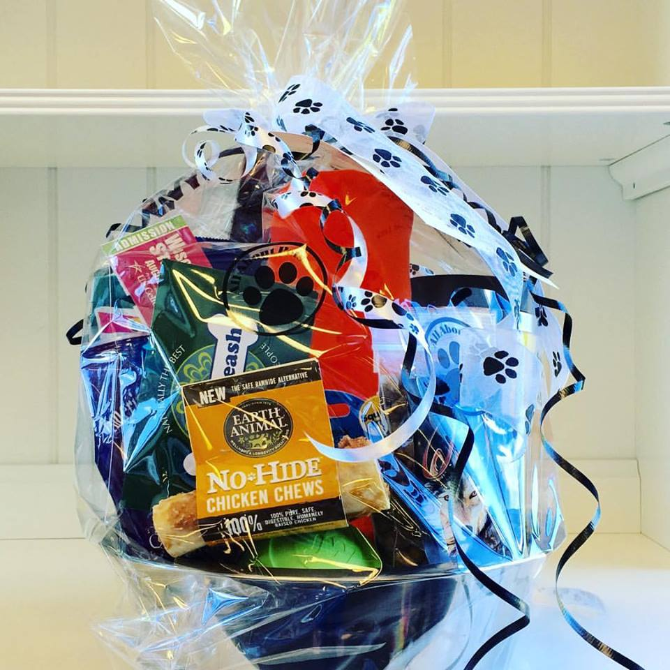 Win a gift basket filled with goodies--including State Fair tickets and an EOTL gift certificate! A $100 value!!