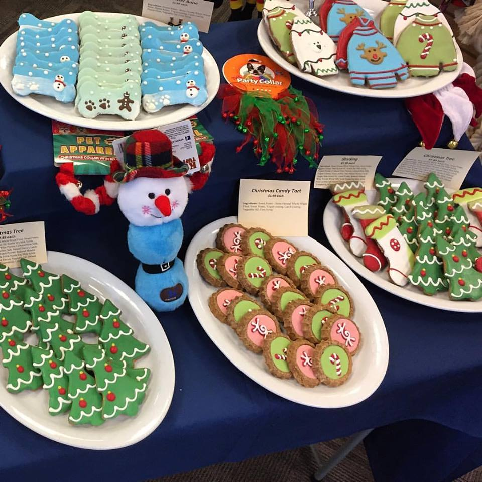Treat your best friend to our fun assortment of holiday cookies. Get 'em before they're gone!!