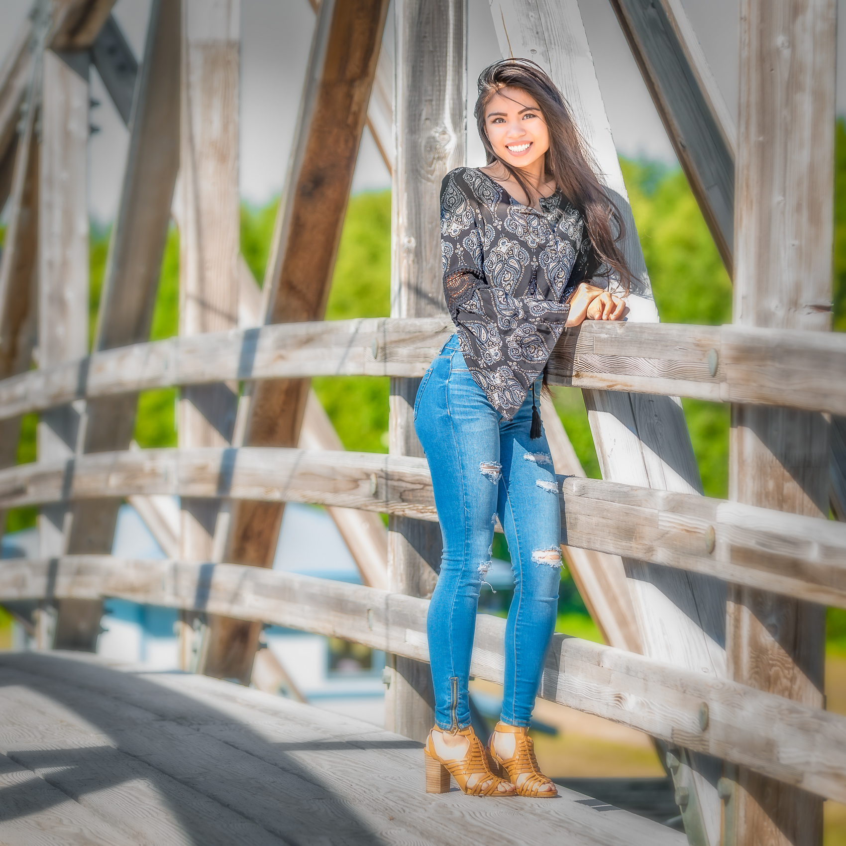 2016-06-08 Rose Moth Senior Portraits-130-Edit.jpg