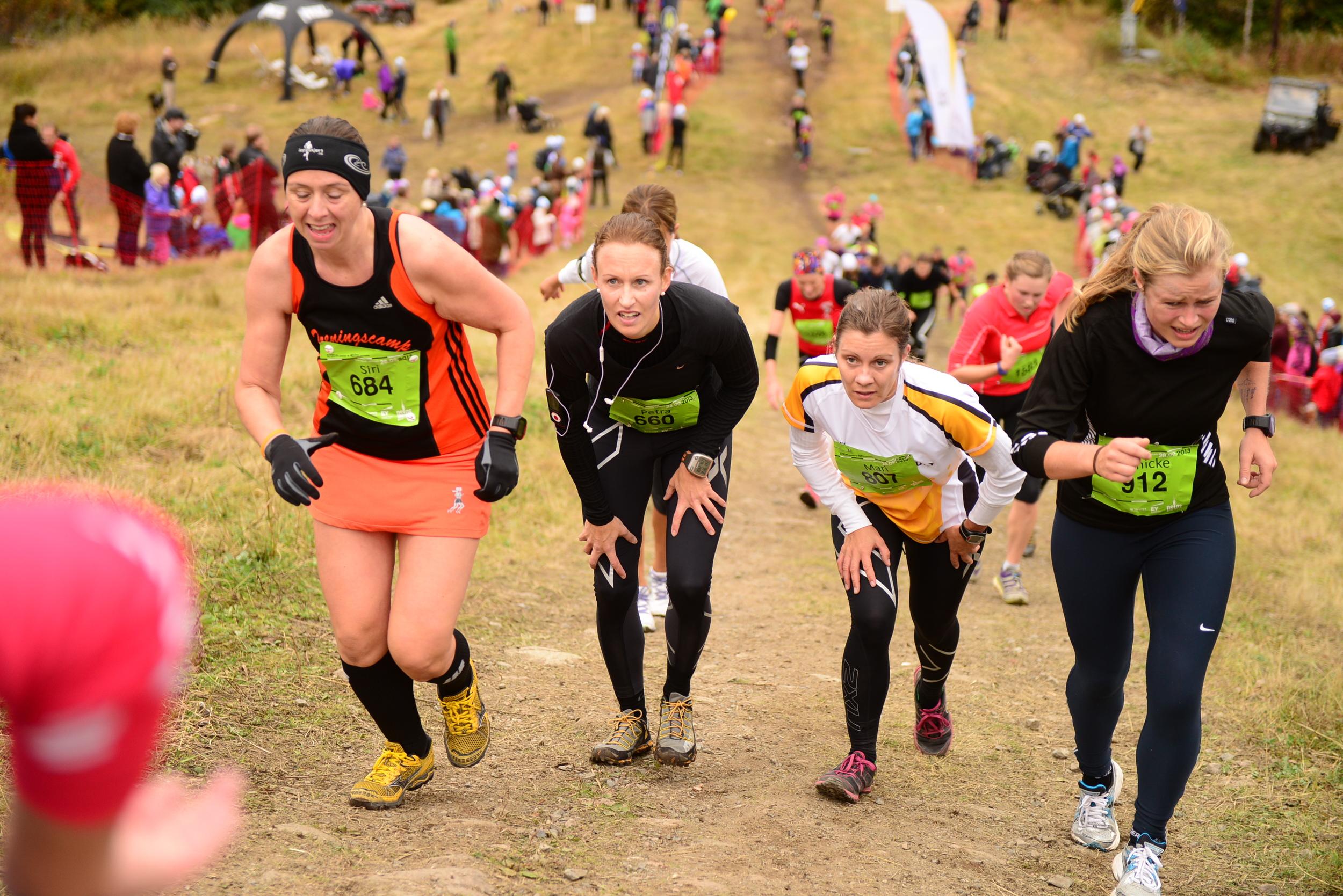 Foto: Oslos Bratteste / SportPicture. Snart mål - jeg er hun som løper hele den siste drittbakken. Jeg bare nevner det.