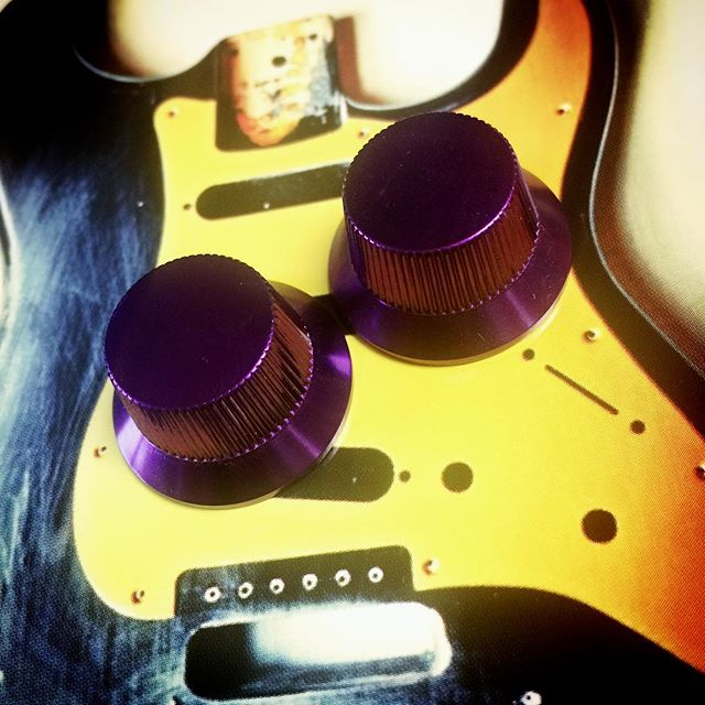 Aluminum #guitartech #stratocaster top hat knobs, bright dip anodized purple. Gorgeous. Get them before they sell out #fenderguitar #fendertele #fenderusa #fenderstratocaster #fendercustom #fendersofinstagram #guitargear #guitarporn
