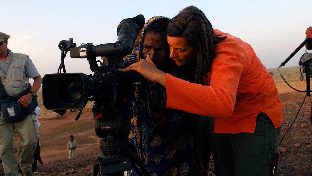 bts2-cameraperson-kirsten-johnson-cr-lynsey-addario-feature-1600x900-c-default-1.jpg