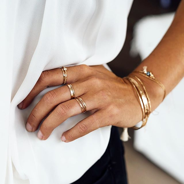 ✨golden stacks✨all day every day✨  #goldstackingrings #goldbangles #carmacollection #daintyjewelry