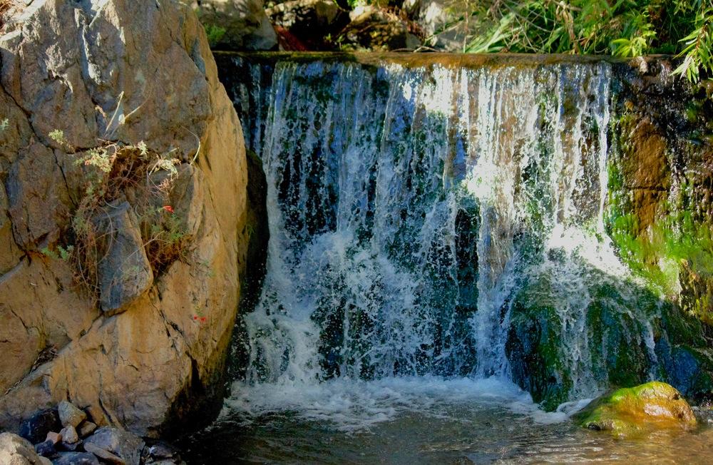 4600X3000 Bouquet Falls.jpg