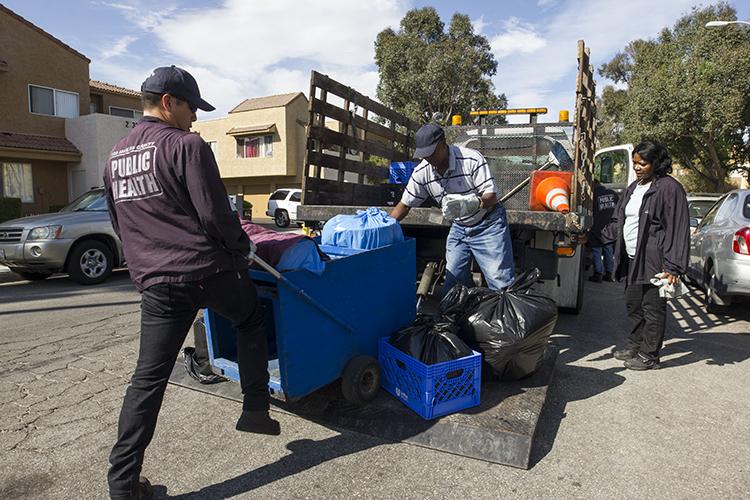 Santa-Clarita-City-Sheriffs-Public-Health-Officials-Conduct-Unpermitted-Food-Vendor-Task-Force-7.jpg